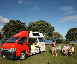 mighty jackpot 2 berth camper hire in australia mighty vehicle guide. Black Bedroom Furniture Sets. Home Design Ideas